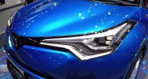 ราคา Toyota C-HR 2018 (โตโยต้า ซีเอชอาร์) อย่างเป็นทางการในไทย