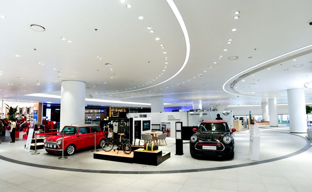 BMW-MINI-BMW Motorrad Urban Stores by Millennium Auto (2)